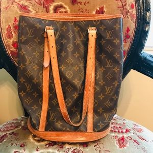 Authentic Large Louis Vuitton Bucket Bag and Pouch